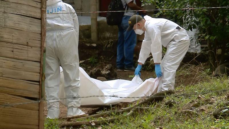 Masacre en Tambo: asesinan a cuatro personas de una misma familia