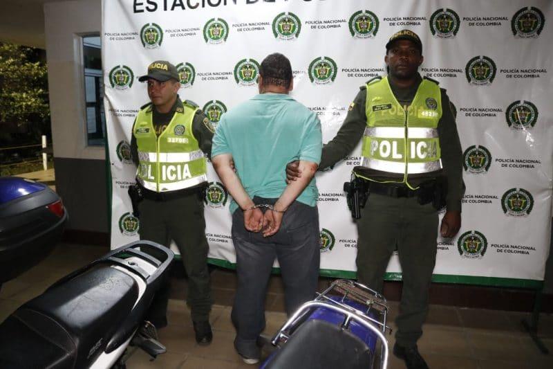Recuperan 8 motos robadas en Cali, estaban en una caleta y a punto de ser desguazadas