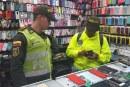Intensifican operativos en el Centro de Cali para combatir compra y venta de celulares robados