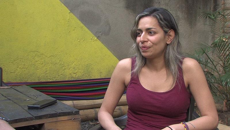 Tras 25 años, caleña adoptada por familia holandesa, regresó a la ciudad a buscar a sus padres