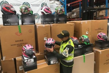 Más de 1000 cascos que serían comercializados de forma ilegal en Cali fueron incautados