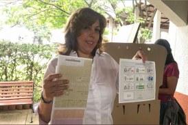 Registraduría acredita a Clara Luz Roldán como Gobernadora del Valle