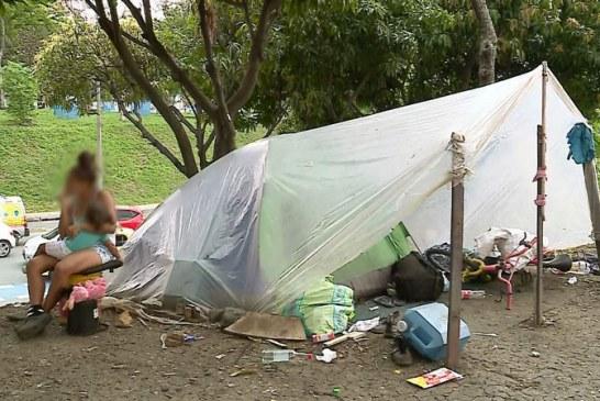 Vecinos a Terminal de Cali denuncian aparición de nuevos cambuches de venezolanos