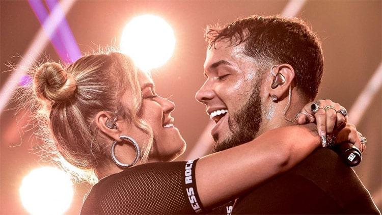 Karol G celebra 2 años con Anuel en medio de rumores por embarazo