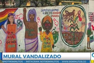 Denuncian que mural hecho por colectivos de mujeres en Cali fue vandalizado con penes
