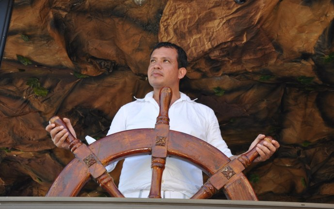 "Tributo póstumo a ""Iván"", gestor de turismo de Cali"