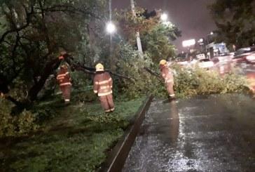 Fuerte aguacero en Cali provocó emergencias en diferentes sectores de la ciudad