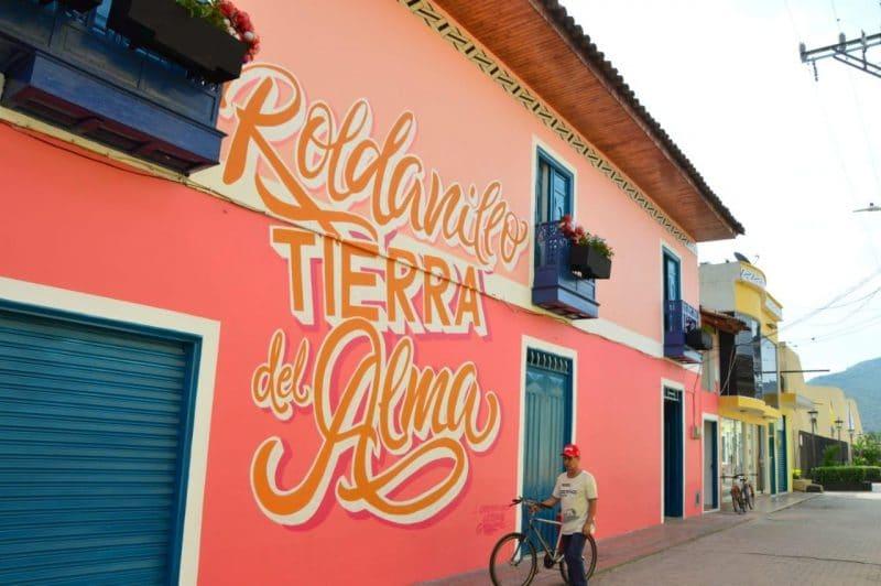 Con museo a cielo abierto y obras icónicas, inauguran primer 'Pueblo Mágico' en Roldanillo
