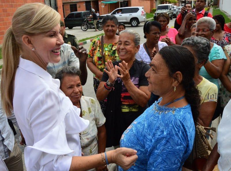 Gobernadora del Valle finaliza su mandato con el 85% de favorabilidad en su gestión