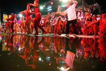 La lluvia no importó: con color y alegría se vivió el primer día de la Feria de Cali