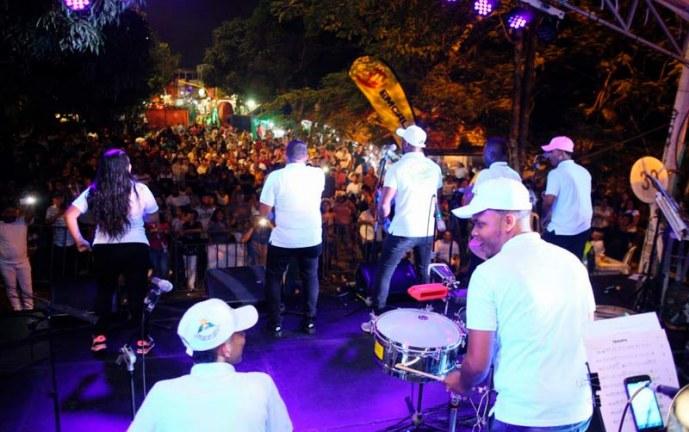 Lo bueno, lo malo y lo feo: Durante concierto director de Guayacán realizó reclamos a Corfecali