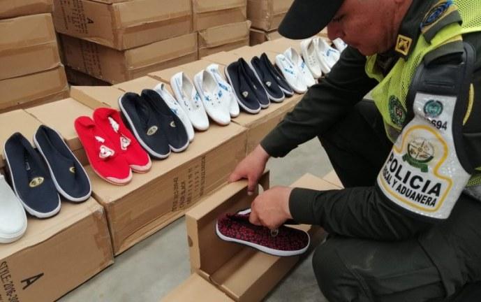 Operativos en el centro de Cali dejan la detención de $220 millones en mercancía de contrabando
