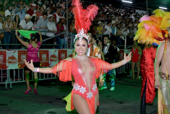 En fotos: bailarines lo dejaron todo durante el Salsódromo de apertura de la Feria