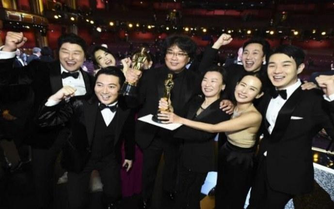 'Parasite' hace historia en los Premios Oscar