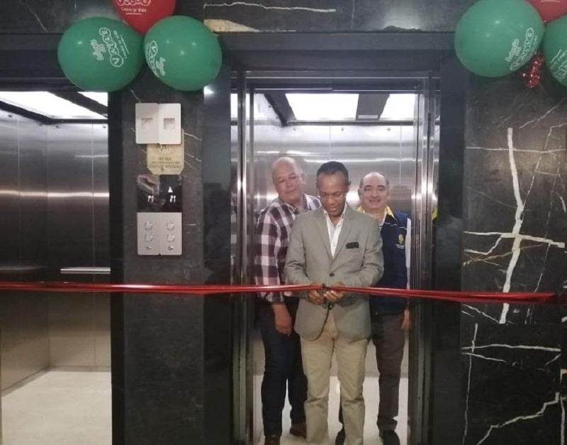 Beneficencia del Valle inaugura dos ascensores que estaban sin servicio hace más de tres años