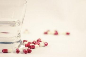 Por 'contaminación microbiológica', ordenan retirar dos lotes de medicamento para tratar el cáncer