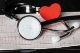 Advertencia a personas con diabetes, hipertensión y más enfermedades de base a no salir de casa