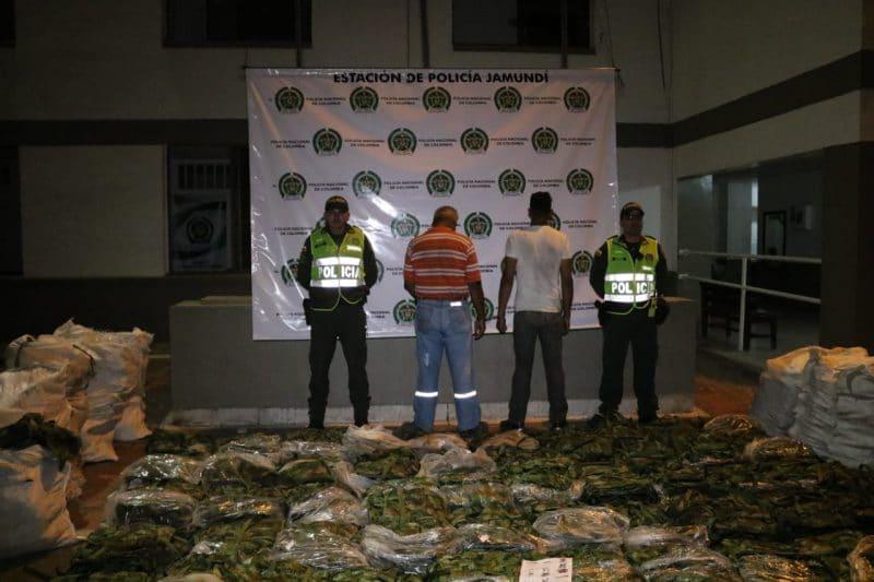 En pleno anuncio de paro armado del ELN, incautan en Jamundí prendas de uso militar