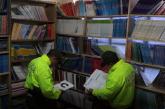Policía incautó más de 500 millones de pesos en libros falsificados en el centro de Cali