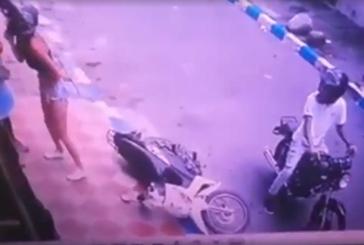 Quería robarse una moto, no le prendió y los vecinos lograron detenerla en el oriente de Cali