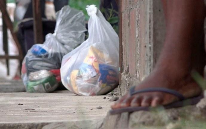 Entregan más de 200 bonos alimentarios a familias de la Comuna 3 de Cali