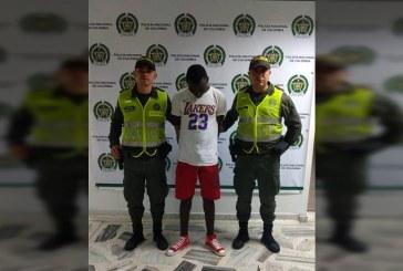 Hombre fue enviado a la cárcel por agredir físicamente a su padre, además de amenazarlo en Buenaventura