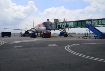 Más de 3.000 colombianos regresaron antes de cierre de fronteras aéreas, dice canciller