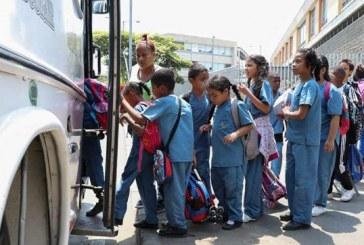 Adjudican contrato de transporte escolar que beneficiará a menores de zona rural y urbana de Cali