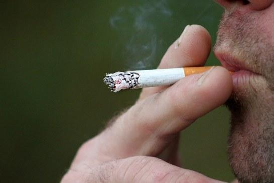 De acuerdo a la Organización Mundial de la Salud, los fumadores son más vulnerables al COVID-19