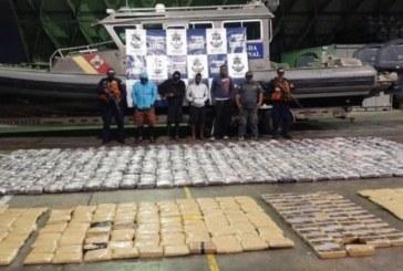 Más de 800 kilos de marihuana y 50 de cocaína fueron incautados a cuatro hombres en Buenaventura