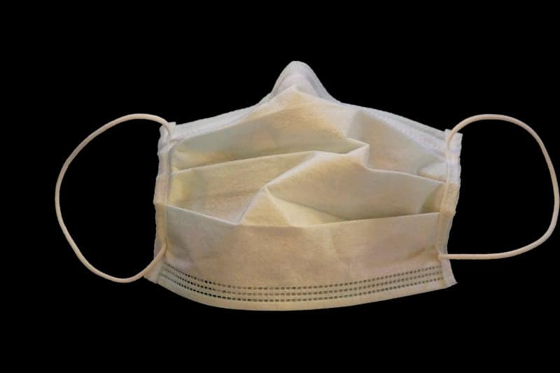 Colombia asegura que empaquetado defectuoso de mascarillas se hizo en Bélgica