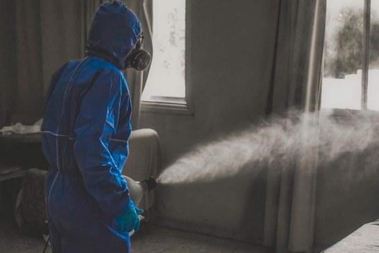 Científicos dicen hay evidencia abrumadora de transmisión de covid por aire
