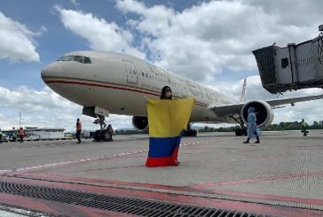 Regresan a su país 146 colombianos que estaban varados en Argentina por el COVID-19