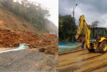 Habilitan paso vehicular en la vía Pance tras derrumbe por fuertes lluvias
