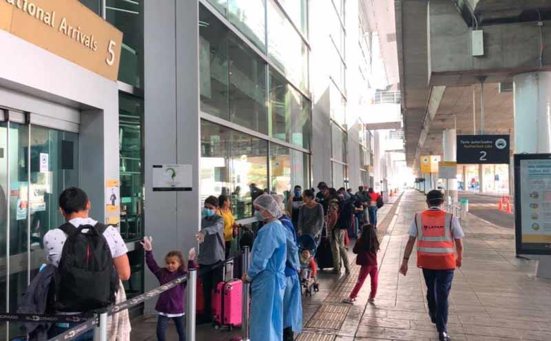 Regresan a Colombia 104 colombianos que estaban varados en Honduras por covid-19