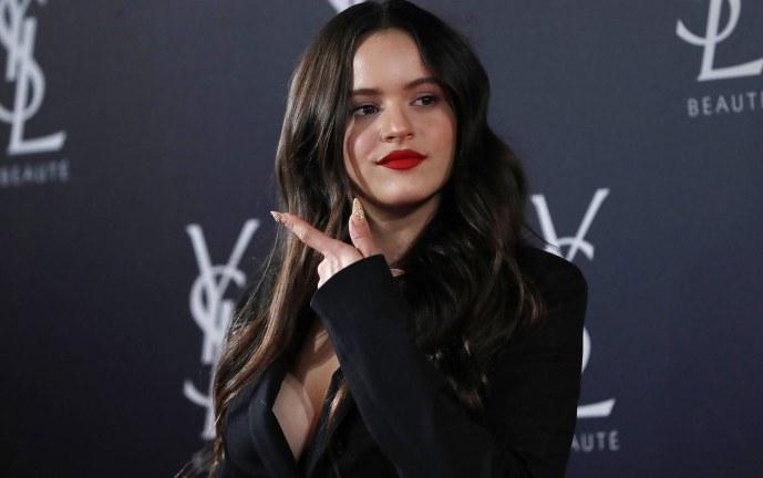 Rosalía luce su nuevo look realizado por ella misma