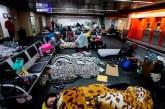 """""""Es degradante"""", colombianos varados lanzan un SOS en aeropuerto de Sao Paulo"""