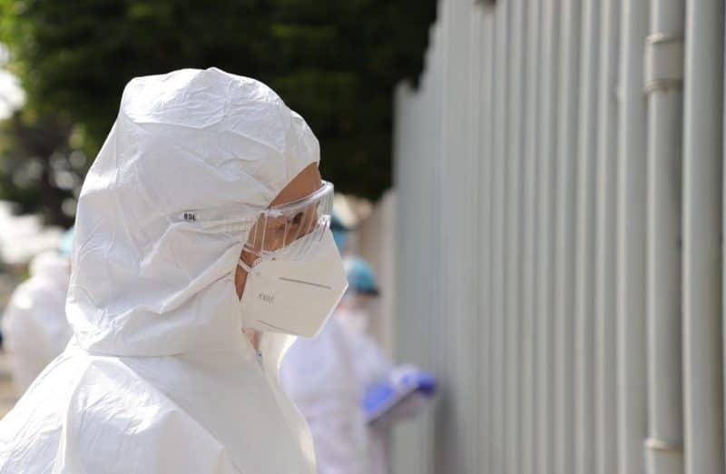 Nuevo intento de las autoridades en Cali para vigilar que pacientes COVID-19 cumplan aislamiento