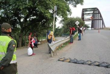Por traslado de inmigrantes en furgón, secretario de Gobierno de Puerto Tejada fue inhabilitado de su cargo