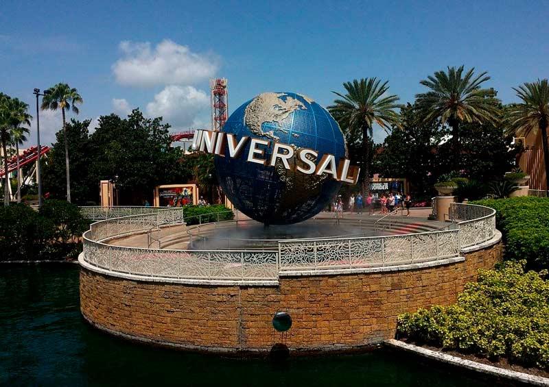 Universal Orlando busca reabrir en junio con menos capacidad y uso de máscara