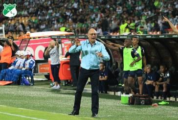 Técnico Arias discutió la demora en el reinicio del fútbol profesional colombiano