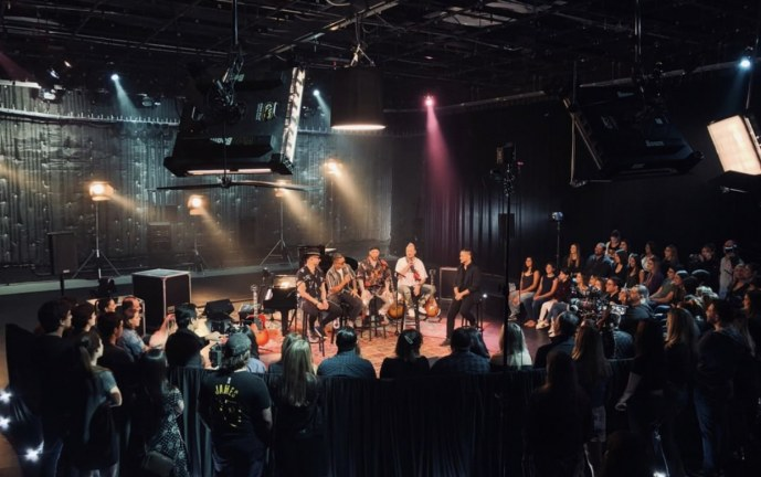 Este viernes Piso 21 estará en la serie musical A Tiny Audience