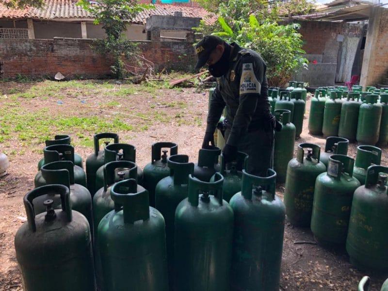 Policía incautó más de 400 cilindros de gas licuado de petróleo en el Valle