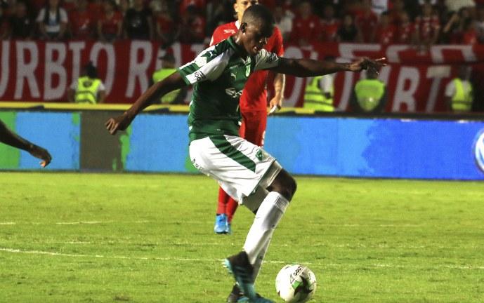Deportivo Cali definió el futuro del volante Andrés Colorado