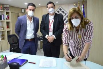 Deportistas podrán ejercer una carrera profesional, Indervalle y Univalle firman acuerdo