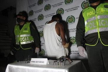 Identifican a dos hermanos de 20 y 31 años asesinados en Cali. El presunto agresor fue capturado