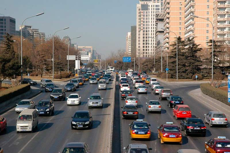 OMS afirma que hay más de cien casos en rebrote de coronavirus en Pekin