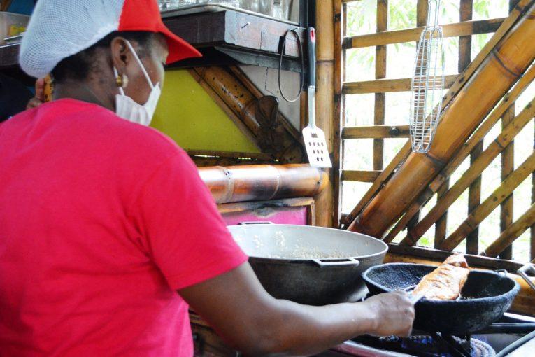 restaurantes-cali-reclaman-igualdad-crisis-economica-sanitaria-29-06-2020