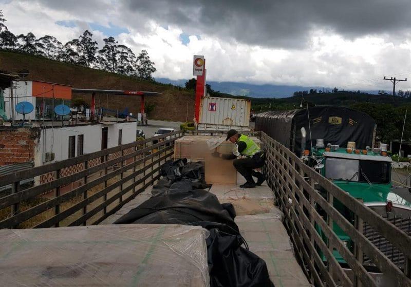 Autoridades en el Valle del Cauca incautaron más de 1.400 metros cuadrados de porcelanato gama alta