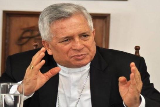 Senador Gabriel Velasco pide el traslado del arzobispo de Cali Darío de Jesús Monsalve